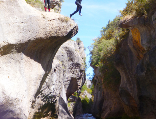 Cuenca. Descenso de barrancos en la serranía.