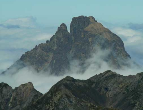 PIRINEOS: Midi d'Ossau, travesía de las 2 puntas
